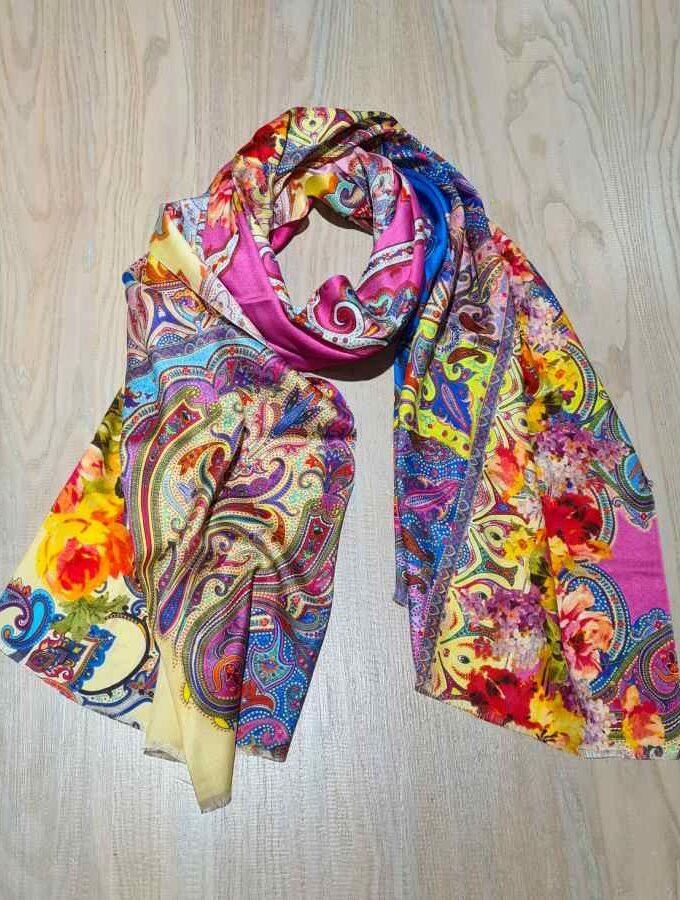 gekleurde sjaal paisley print