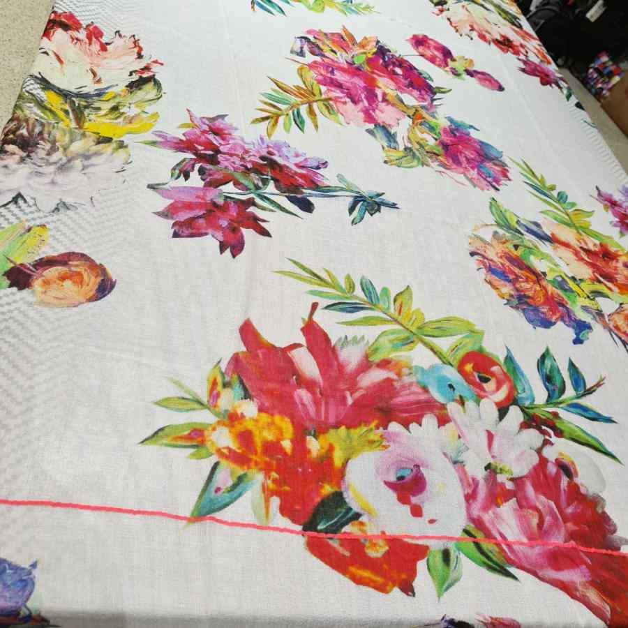 sjaal wit met bloemen