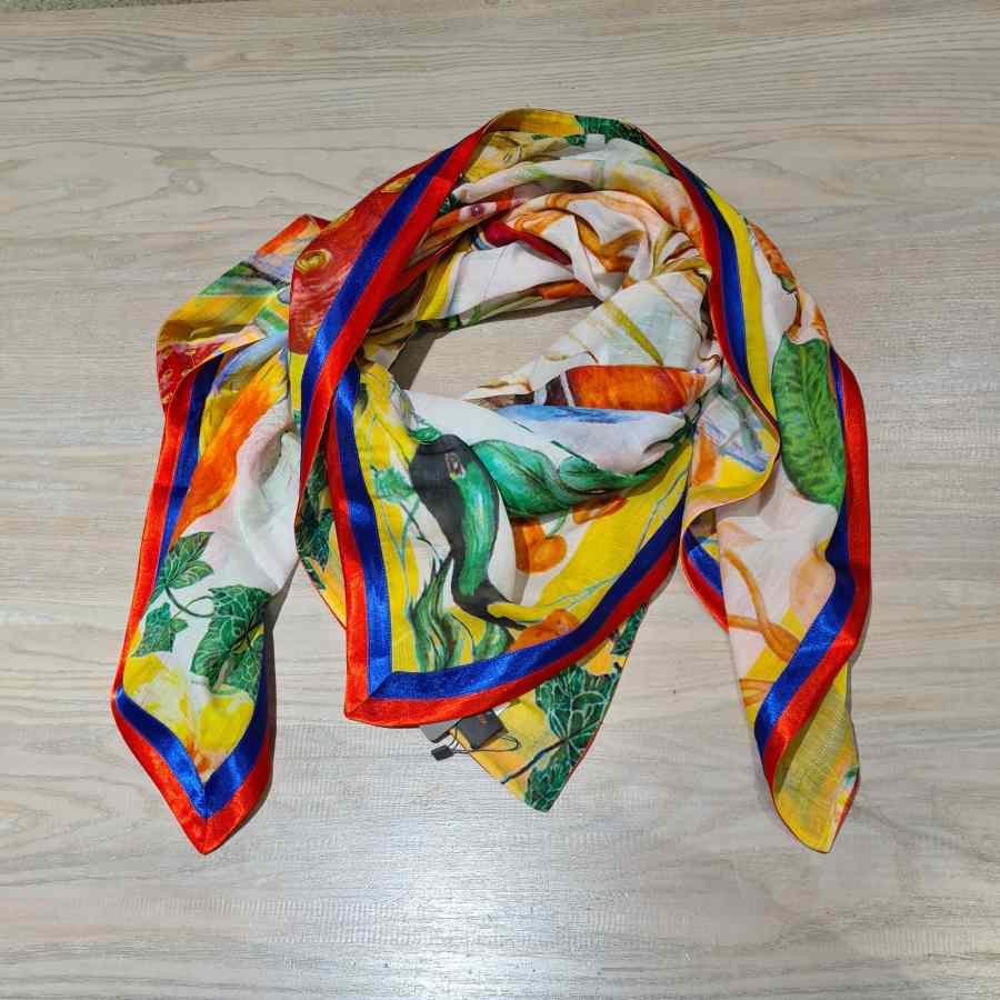 vierkante sjaal diverse kleuren