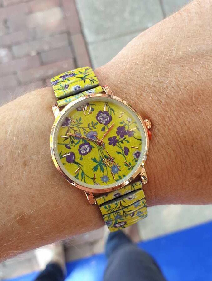 Horloge groen bloemen