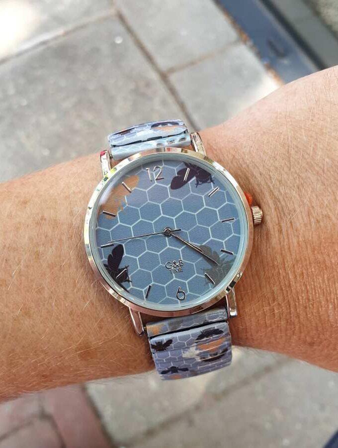 Horloge insecten lila