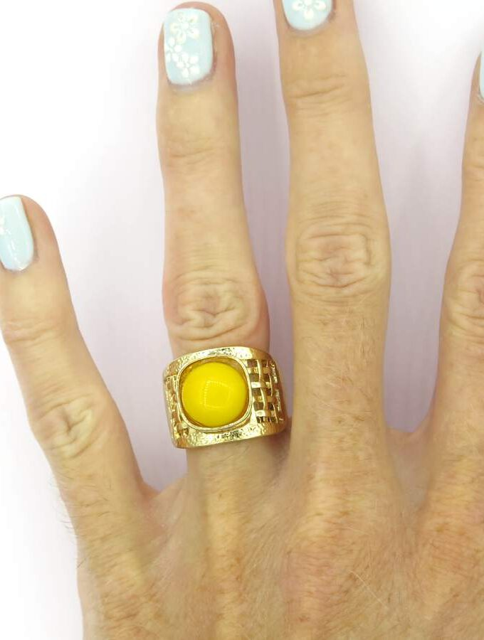 Ring elastiek rosé met gele steen