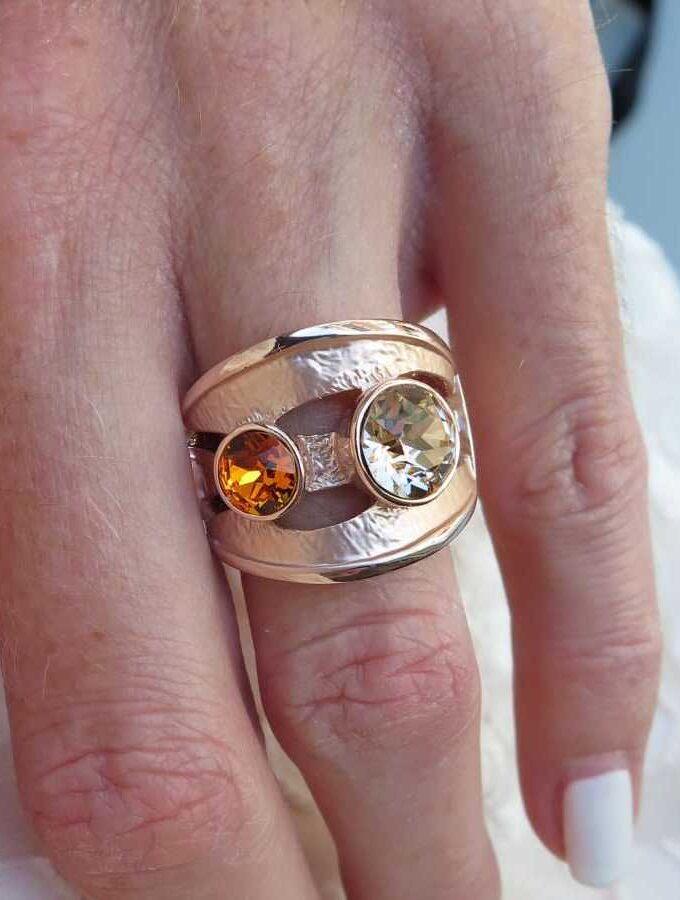 Ring rosé oranje stenen elastiek