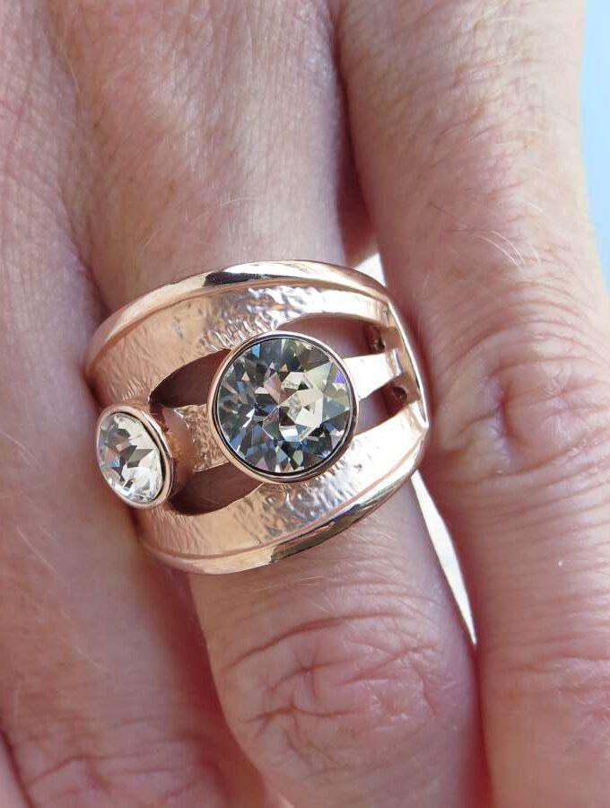 Ring rosé zilver stenen elastiek