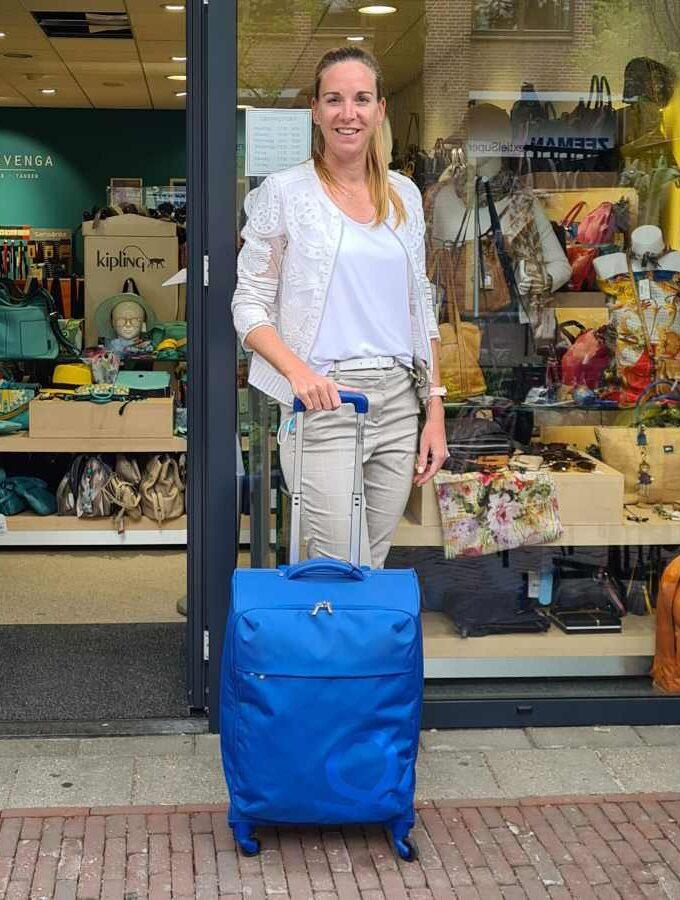 Benetton Blow Trolley 69cm zachte koffer blauw