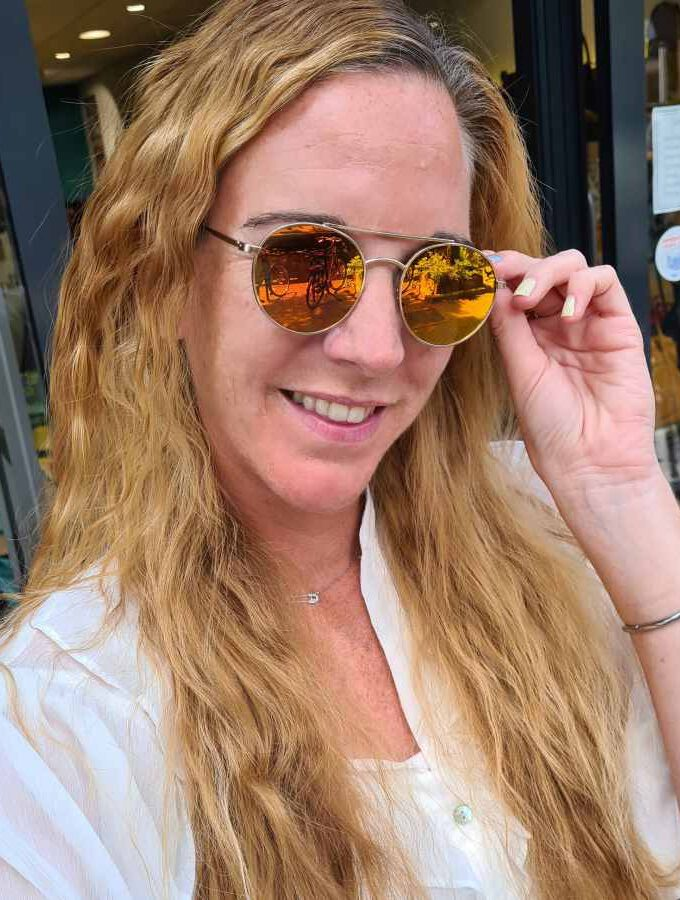 Zonnebril ronde glazen spiegel glazen oranje