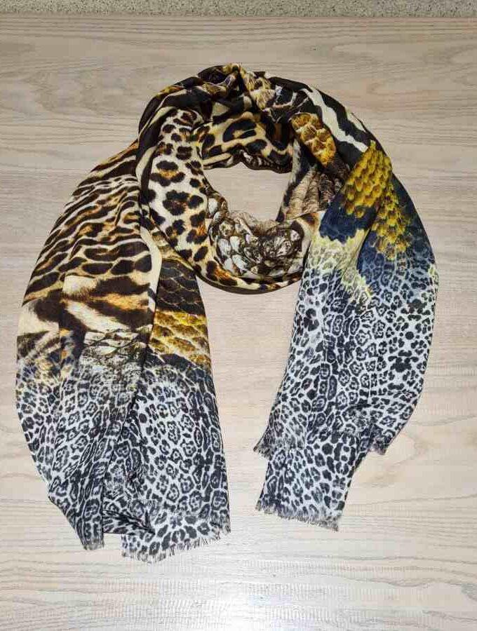 Sjaal dierenprint zebra tijger wol met modal